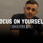 Business Tips: When Keeping Up With the Joneses Goes Wrong | DailyVee 470 in Manila