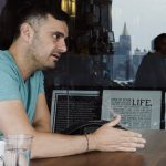 Business Tips: I GET PITCHED 30 TIMES IN 60 MINUTES IN MY OFFICE | DAILYVEE 267